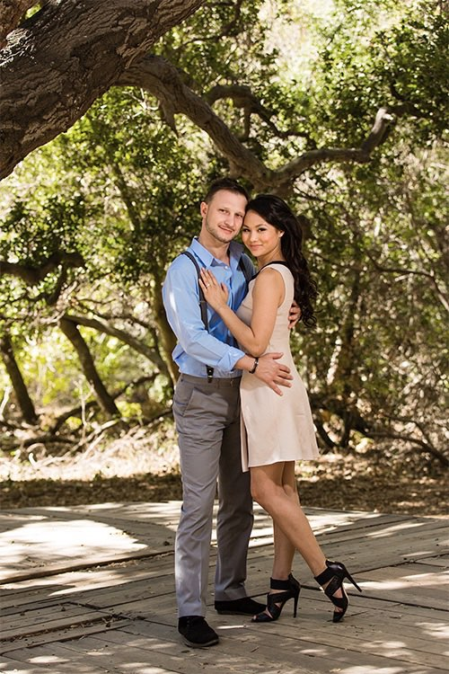 Los Angeles Engagement Photographer - Couple in the woods