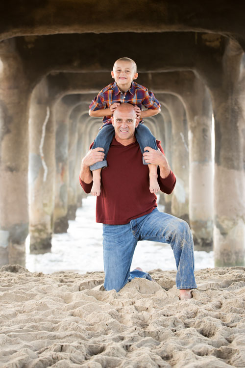 Manhattan Beach Family Photographer - Father and Son under Pier