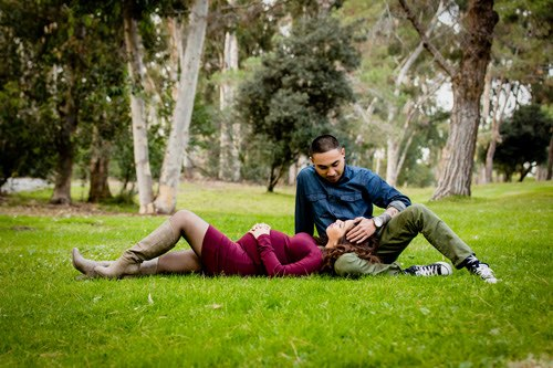 Los Angeles Couples Maternity Photographer - belly in the park