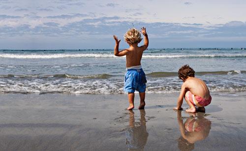 Los Angeles Family Photographer - Boys at the Beach