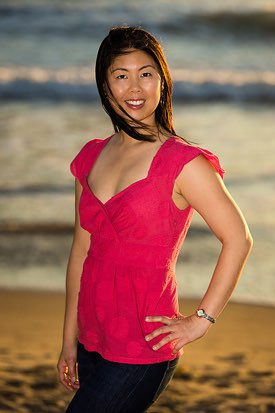 Manhattan Beach Portrait Photographer -  Female Daiting Portrait