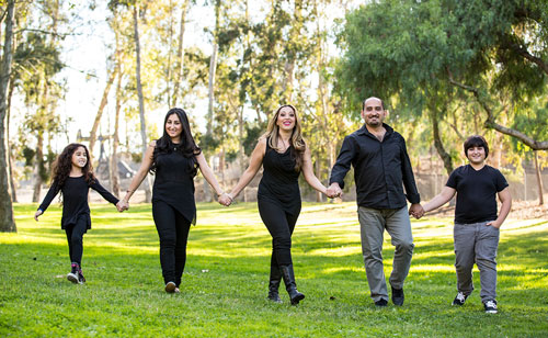Los Angeles Family Photographer - Walking in the Park with Kids