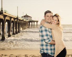Manhattan Beach Couples Photographer -  Hugging by the Pier